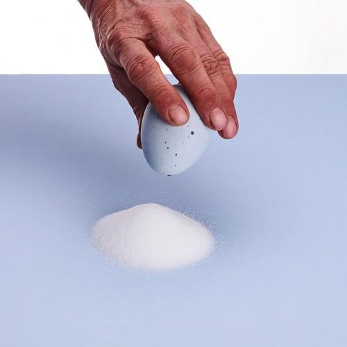 EI - Porcelain Salt Shaker