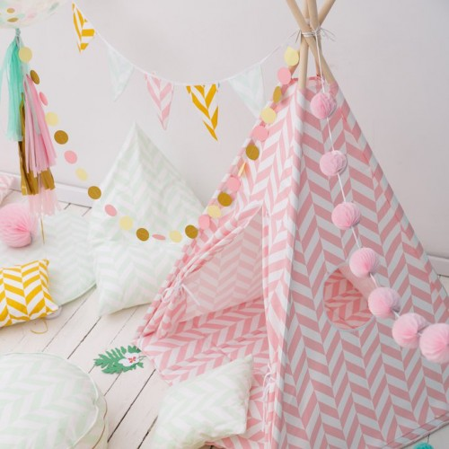 Herringbone Teepee Set